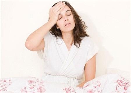 Suy giảm nội tiết tố nữ là nguyên nhân đau rát âm đạo