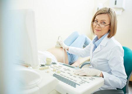 khám phụ khoa sau sinh là như thế nào