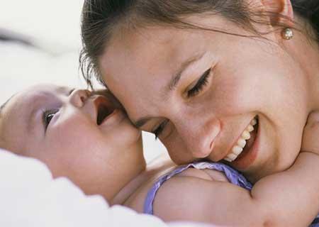viêm lộ tuyến sinh con được không