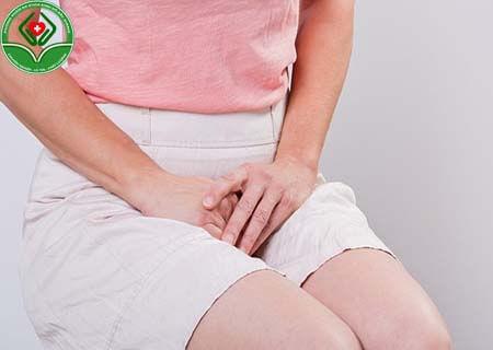 Khí hư ra nhiều và đau rát âm đạo