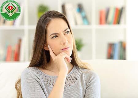 Làm cách nào xác định địa chỉ chữa khí hư có mùi hôi?