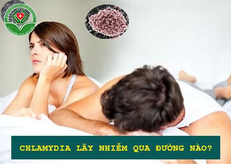 nam-chlamydia-bi-lay-nhiem-qua-duong-nao
